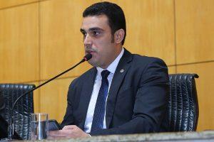 Erick Musso defende regulamentação das atividades dos despachantes no Detran ES