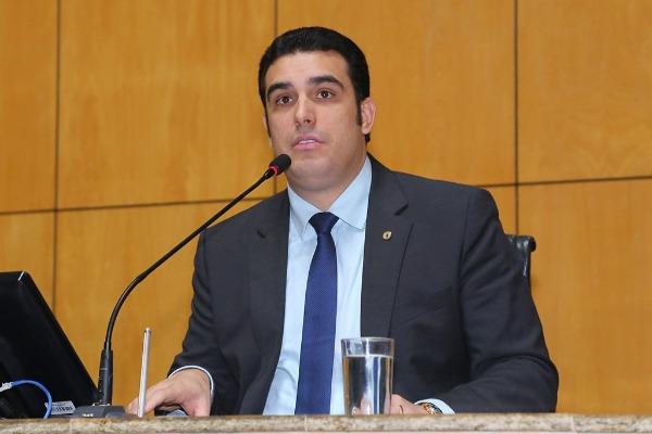 Deputado quer a instalação de torre de telefone e internet em Fundão