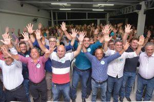 Caravana do Republicanos reúne centenas de pessoas em Água Doce do Norte