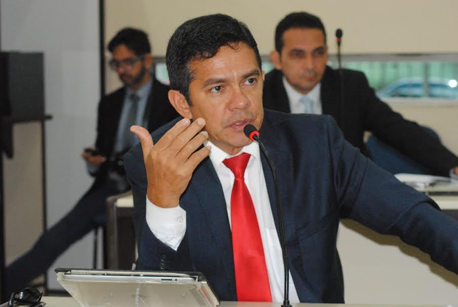 Ericlaudio Alencar apresenta projeto que garante check-up à população acima dos 40 anos de idade