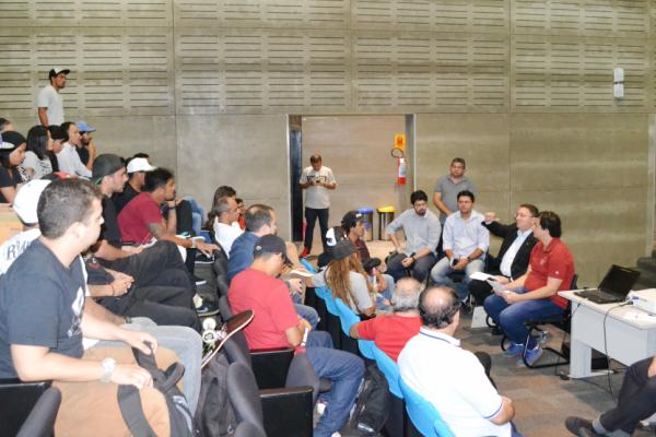 Euler Barbosa reúne-se com entidades representativas do Skateboard do Ceará