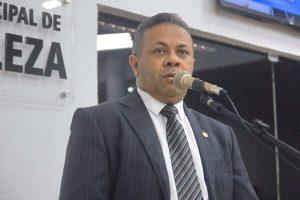 Evaldo Costa quer campanha permanente contra assédio nos ônibus de Fortaleza