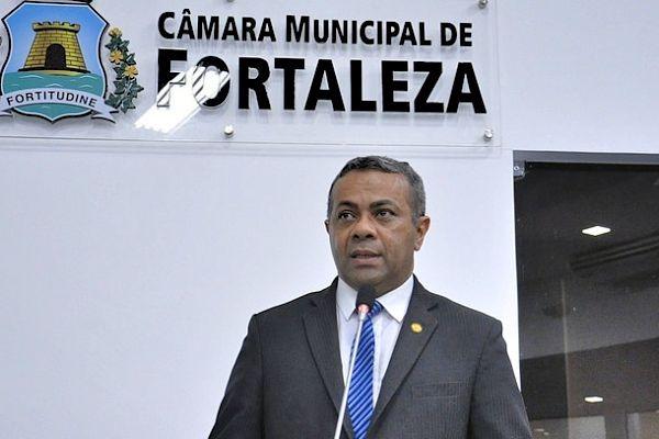 Projeto de Evaldo Costa exige comprovação de multa por videomonitoramento