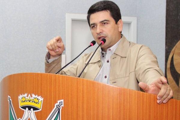 Vereador Ezequiel Bueno pede reforço para a segurança pública de Ponta Grossa (PR)