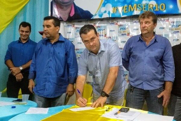 Deputado Ezequiel Junior se filia ao PRB Rondônia e é recebido com festa