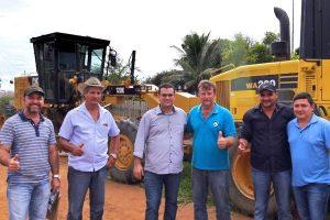 Ezequiel Júnior garante recursos para recuperar estradas no Vale do Anari (RO)