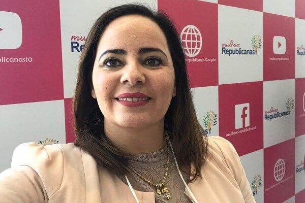Fabiana Pessoa representa Alagoas em seminário do Mulheres Republicanas