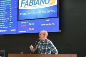 Fabiano Santos comemora a ampliação do Programa Saúde na Escola em Araxá