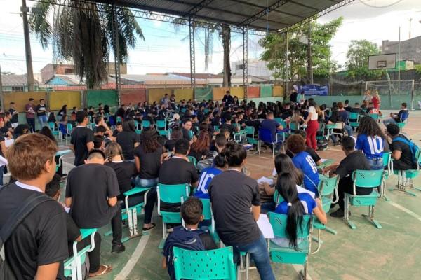 Fábio Freitas promove palestra sobre drogas para estudantes no Pará