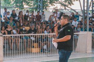 Fábio Freitas faz palestra sobre prevenção de drogas em Muaná