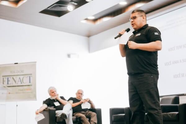 Fábio Freitas faz palestra sobre prevenção às drogas em evento no Ceará