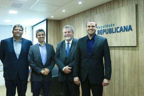 Faculdade Republicana promove palestra sobre conservadorismo e o Brasil