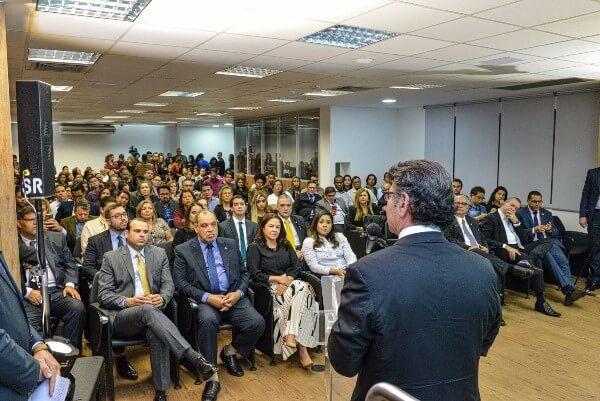 Ministro Luiz Fux inaugura curso de Direito Constitucional da Faculdade Republicana