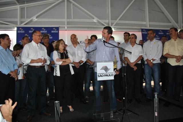 fausto-pinato-prb-inauguracoes-fernandopolis-foto-divulgacao-18-01-16