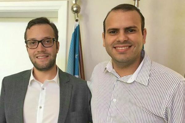 Vereador Filipi Barros com o coordenador nacional do PRB Juventude, Renato Junqueira.
