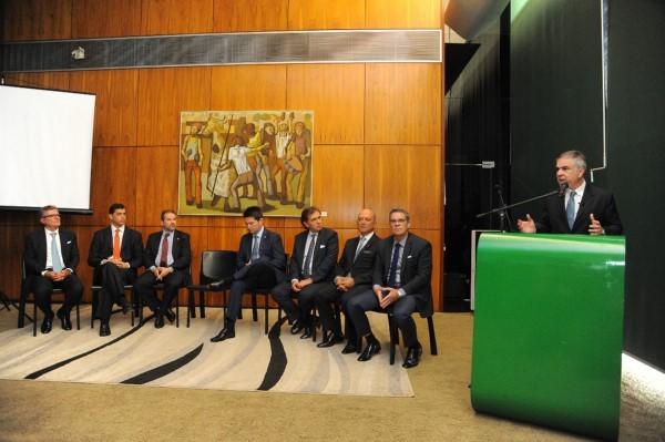Frente Parlamentar Brasil 200 é lançada no Congresso Nacional
