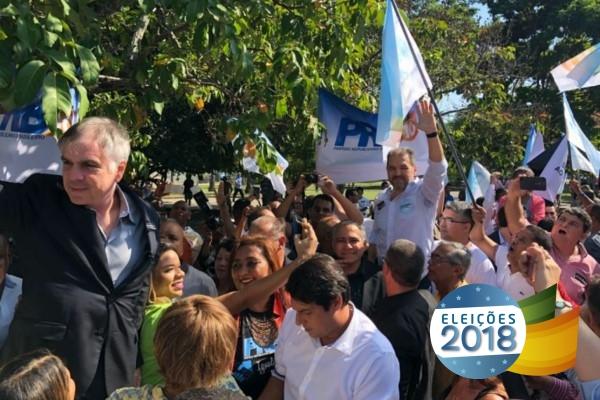 Flávio Rocha é recebido com festa no Rio e participa de vários compromissos