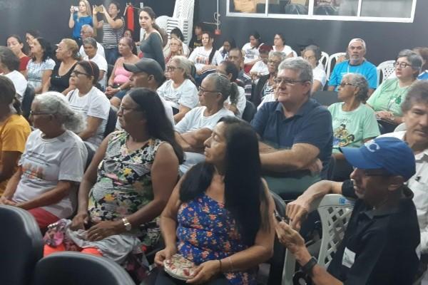 Republicana participa de fórum da pessoa idosa em Parnaíba (PI)