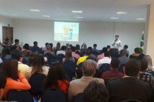 Pela primeira vez em Sergipe, FRB promove curso de política em Aracaju
