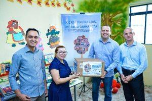 FRB doa livros para escola carente do Entorno do Distrito Federal