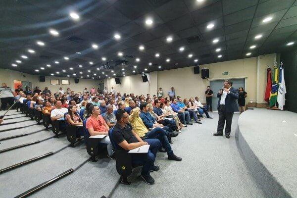 FRB promove Curso de Política em João Pessoa