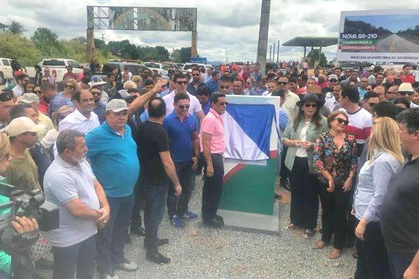 Gabriel Picanço comemora pavimentação da BR 210 no sul de Roraima