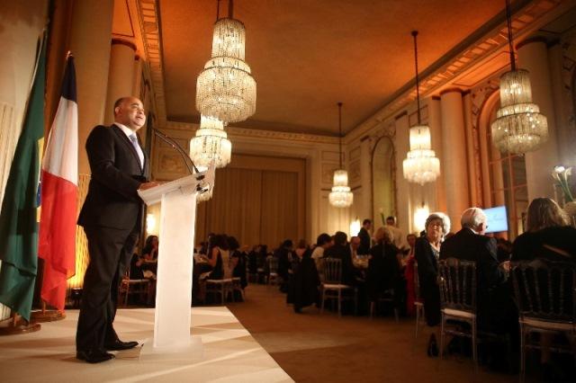 Em discurso na Câmara de Comércio Brasil-França, ministro George Hilton destaca nacionalização dos Jogos Rio 2016