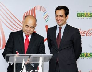 George Hilton firma parceria para promover o revezamento da Tocha Olímpica e a prática do esporte