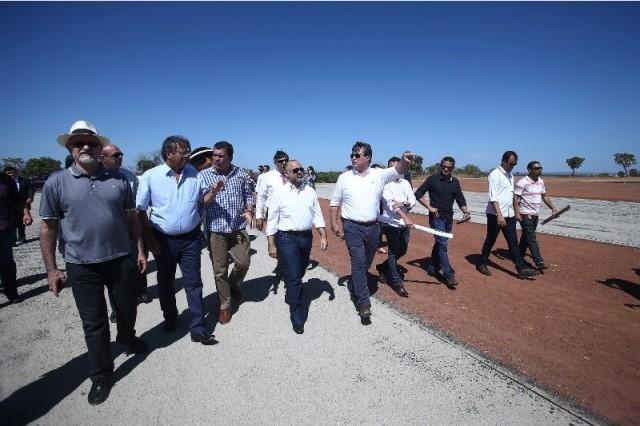 George Hilton visita em Palmas as áreas dos Jogos Mundiais dos Povos Indígenas