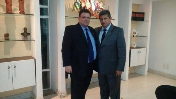 Deputado Gessivaldo Isaias PRB-PI e o governador