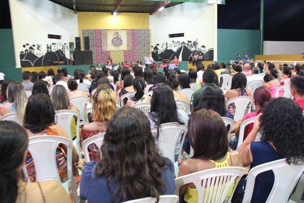 """Gessivaldo Isaías certifica alunos do """"Setre nos Municípios"""" em Demerval Lobão"""