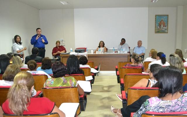 gessivaldo-isaias-prb-cursos-maternidade-foto2-ascom-17-11-2015