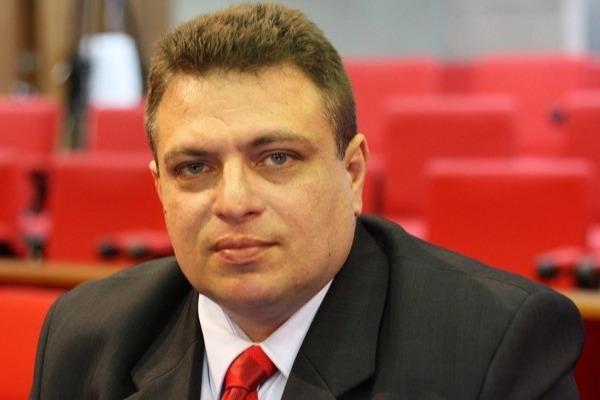 Gessivaldo Isaías propõe gratuidade em ônibus a policiais sem farda no Piauí