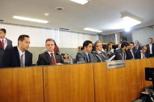 gilberto-abramo-prb-debate-modernizacao-da-policia-civil-foto-ascom-19-10-15-02