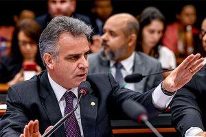 Gilberto Abramo solicita audiência pública para debater o preço do diesel