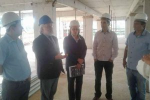 Vereador Gilberto Gomes visita obras do Hospital São Francisco em Parobé (RS)