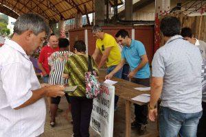 Gilberto Gomes colhe assinatura pedindo reforço no policiamento de Parobé (RS)
