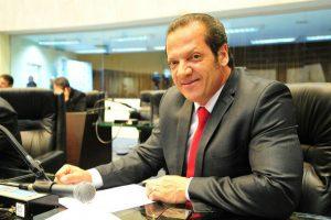 Projeto de Gilberto Ribeiro obriga hotéis a informar taxas no ato da reserva no Paraná