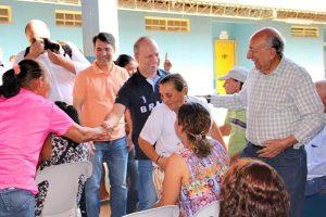 Gilmar da Cruz participa de ação social em bairro de Campo Grande