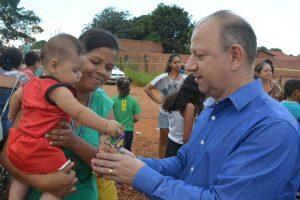 Gilmar da Cruz promove ação social em comemoração ao dia das Mães em Campo Grande