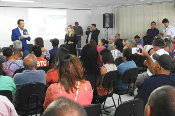 Gilmar Souza Santos debate ações para o setor habitacional com moradores de São Mateus