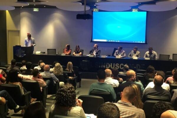 Gilvan Máximo destaca importância da construção civil para a economia do DF