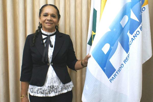 Em Brasília, vereadora Graça busca recursos para a saúde de Sapé (PB)