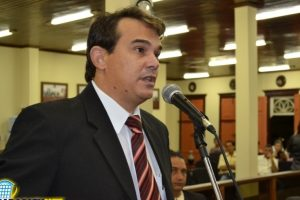 Vereador Greik cobra providências do Executivo sobre descaso na saúde de Paracatu (MG)