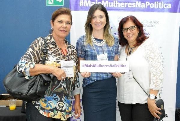 Greyce Elias participa de debate sobre igualdade de gênero em Uberlândia