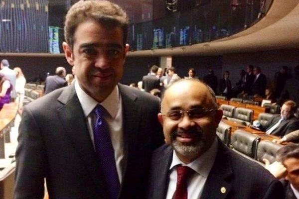 Hilton apoia indicação de Bruno Dantas para o TCU
