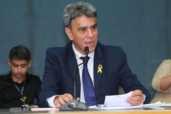 Hudson Leal pede aquisição de veículo para agricultores de Vila Valério