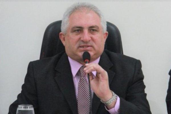 Irani Guedes comemora aprovação de reajuste para os professores de Parnamirim