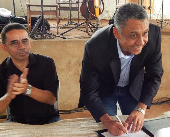 Sancionada lei do vereador Isac Cruz que reserva vagas para negros em concursos de Uberlândia