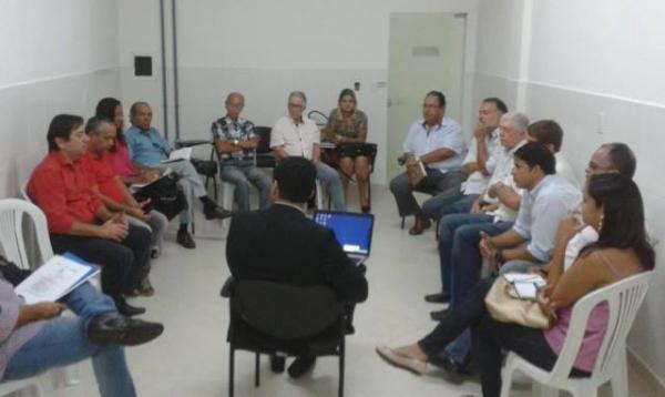 ivo-evangelista-prb-ilheus-encontro-sebrae-micro-pequenas-empresas-foto2-ascom-28-09-2015